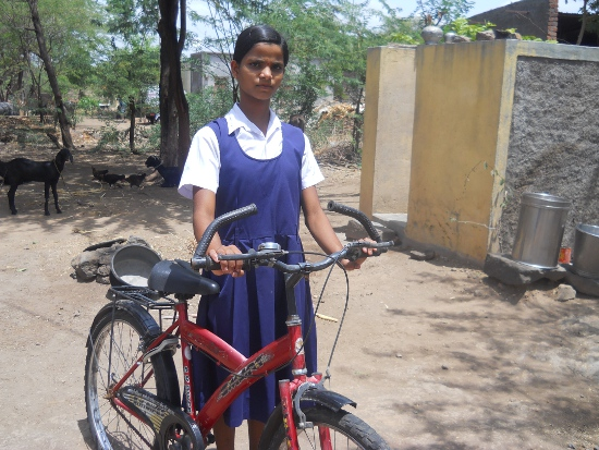 Atma-cycles-bicycles-to-break-poverty-2-550-413