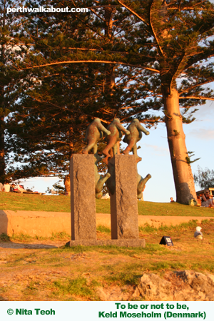 cottesloe-beach-sculpture-by-the-sea-10
